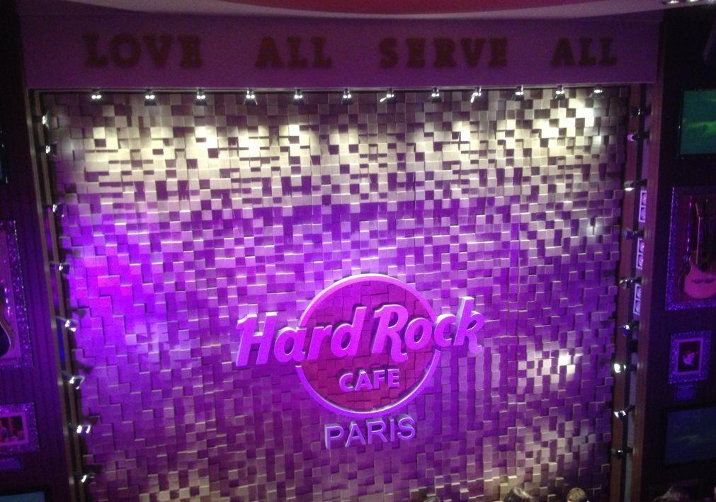 The Wall Hard Rock Cafe Paris